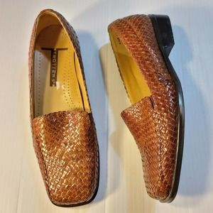 Trotters Lori Brown Woven Leather Loafers 6.5 M